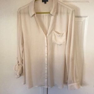 The limited ladies blouse, size XL